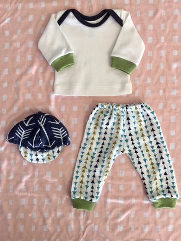 MUSLIN TRIANGLE PANTS, SHIRT AND CAP