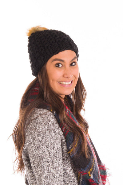 Fur Ball Pom Pom Hat in Black