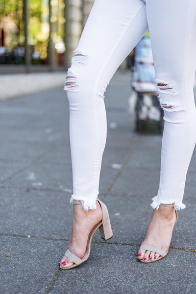 In the Jeans Distressed Skinnies in White