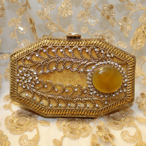 Almas Royal Clutch