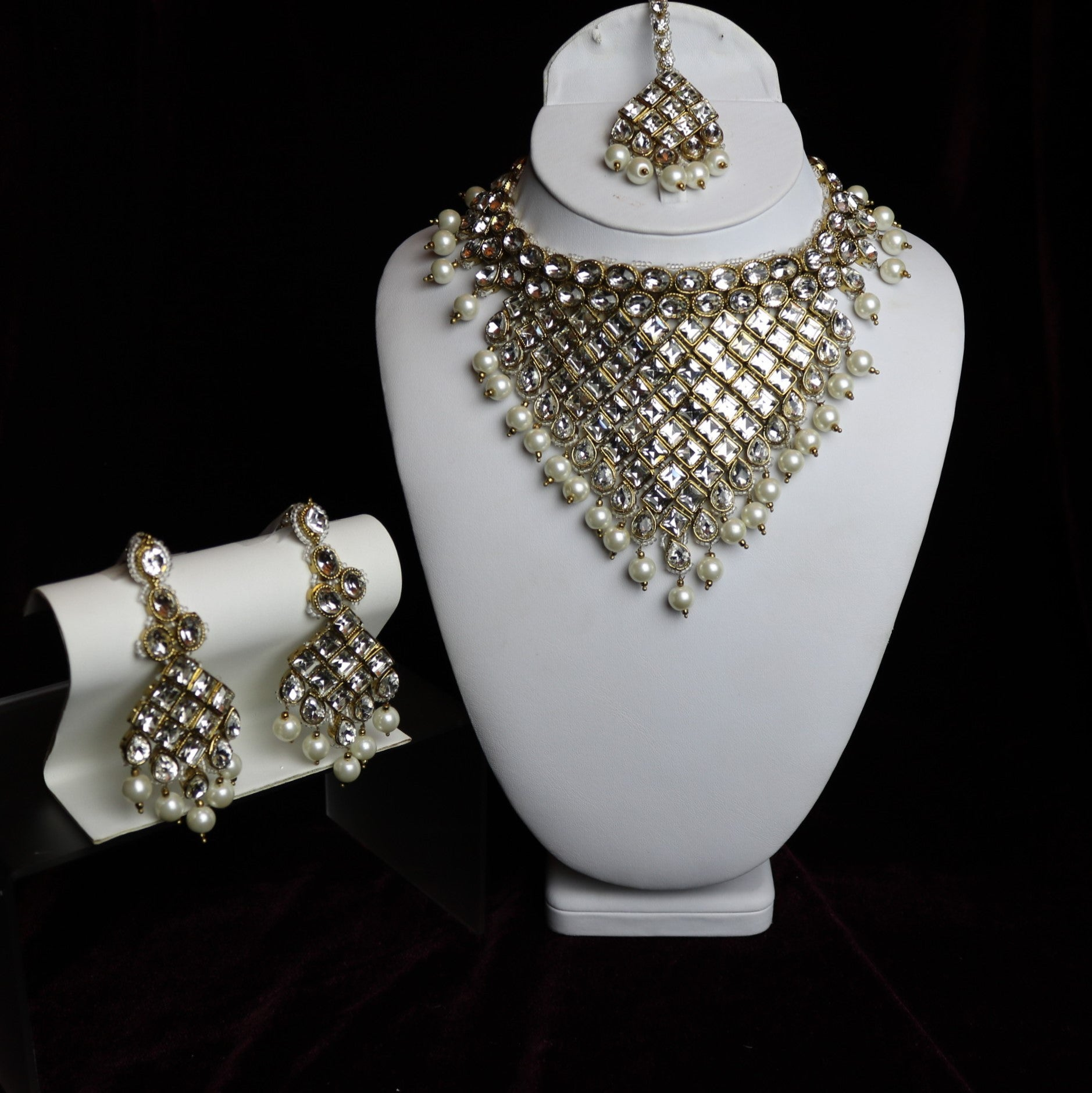 Golden Kundan Bridal Necklace Set – Libaas e Almas