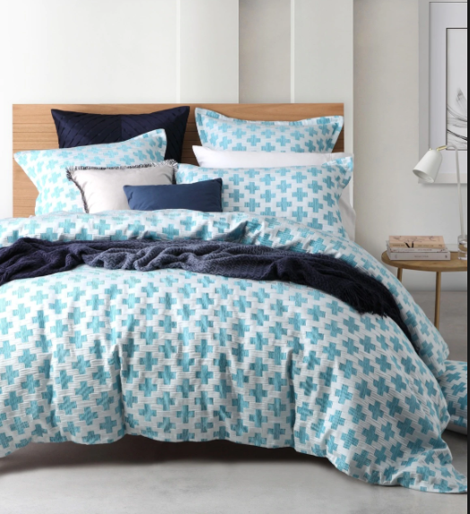 Ford Quilt cover Set - Queen Bed (Logan & Mason Platinum)