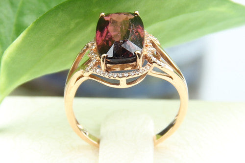 Elegant Jasper and Diamond Gold Ring
