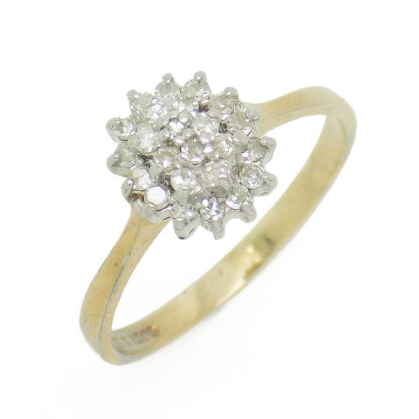 Pre-Loved 9ct Yellow Gold Oval Diamond Cluster Ring