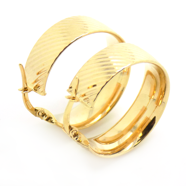 9ct Yellow Gold Large Diamond-Cut Ribbed Hoop Earrings
