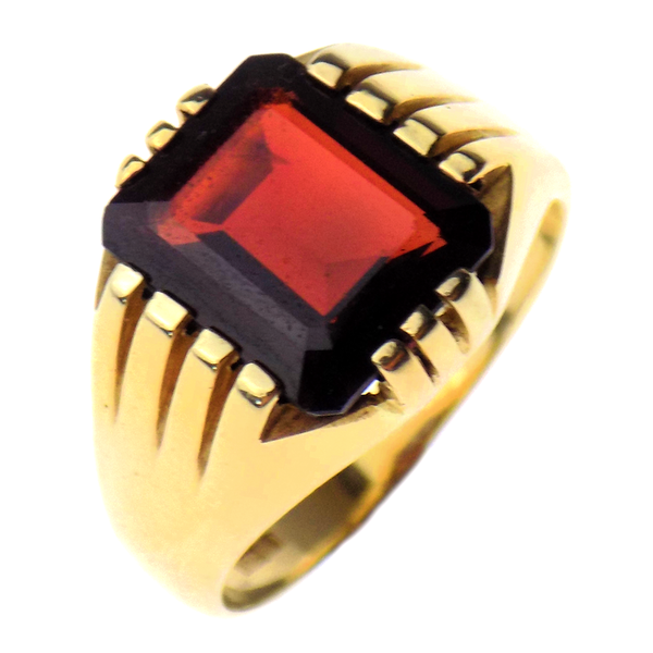 Pre-Loved Gents 9ct Yellow Gold Large Garnet Signet Ring