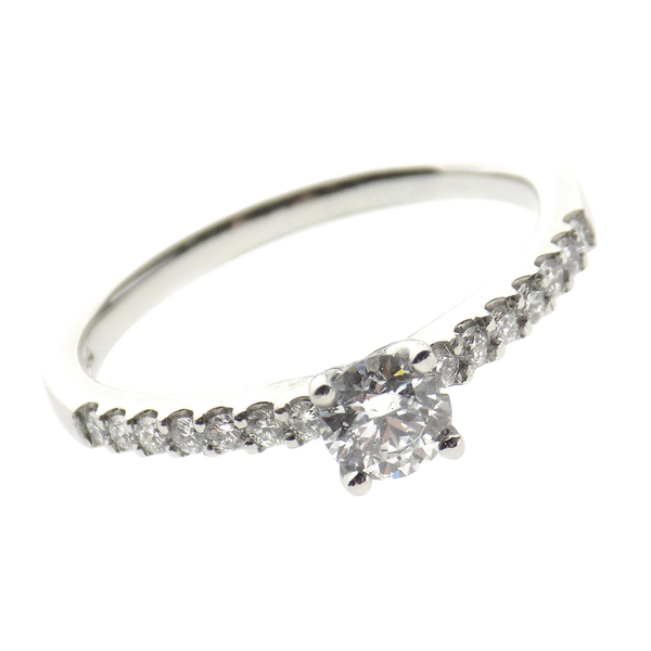 Pre-Loved Platinum 0.34ct Single Brilliant-Cut Diamond Ring with Diamond Set Shoulders - Detail