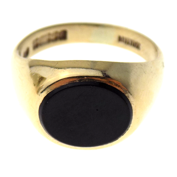 Pre-Loved Gents 9ct Yellow Gold Oval Onyx Ring Front