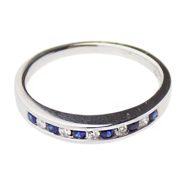 18ct White Gold Sapphire & Diamond Eternity Ring - Band Detail