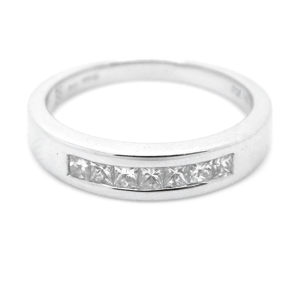 18ct White Gold Seven Princess-Cut Diamond Eternity Ring Front