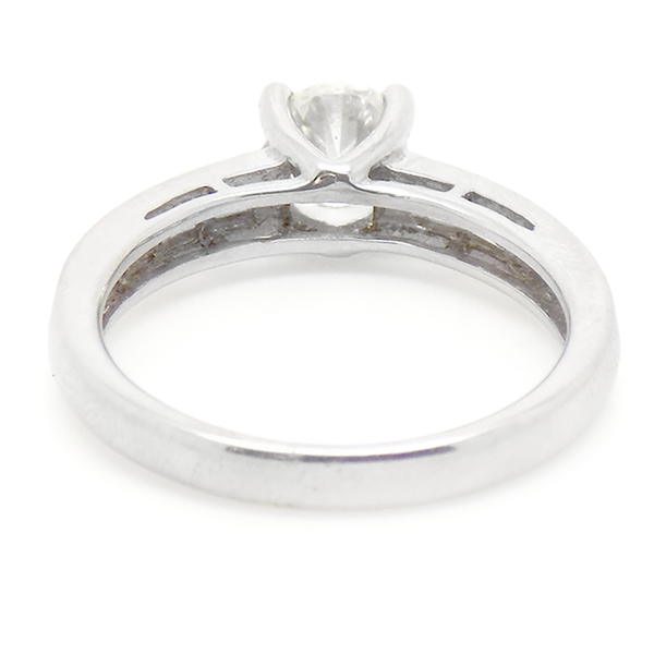 18ct White Gold Single Round Diamond Ring with Baguette Diamond Shoulders Band