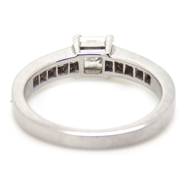 18ct White Gold Princess Cut Diamond Ring with Diamond Set Shoulders Reverse