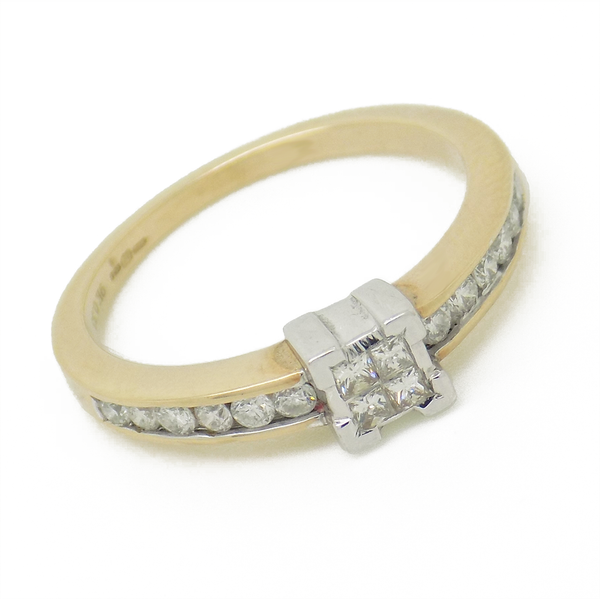 9ct Yellow Gold Four Princess-Cut Diamond Ring with Diamond Set Shoulders - Front Detail