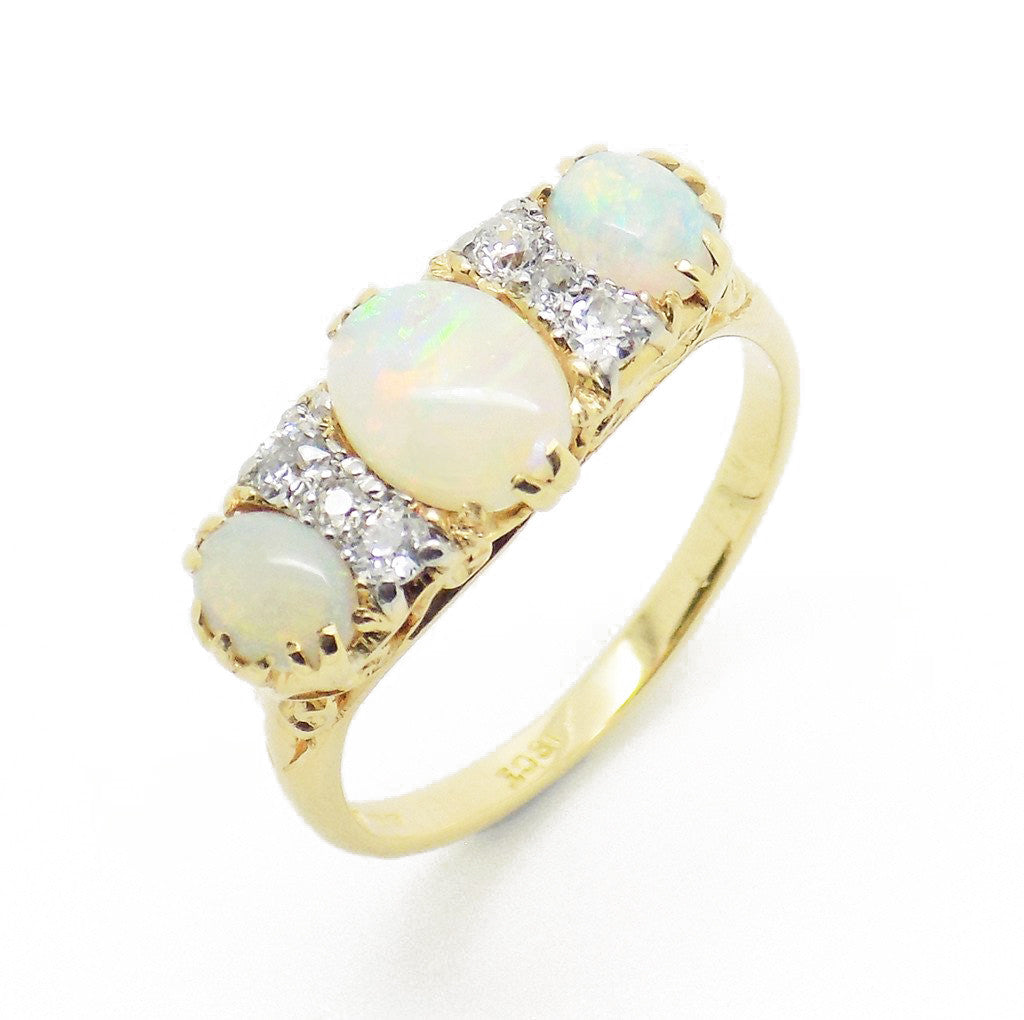 Pre-Loved 18ct Yellow Gold Opal and Diamond Ring
