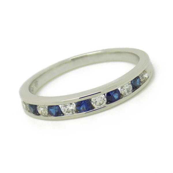 18ct White Gold Round Sapphire & Diamond Eternity Ring Stone Detail