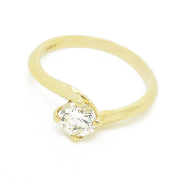 re-Loved 18ct Yellow Gold Single Stone Diamond Twist Ring Stone Detail