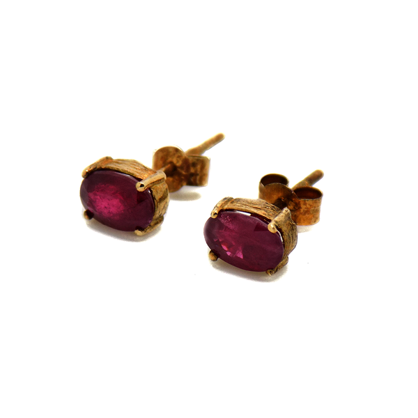 9ct Yellow Gold Oval Ruby Stud Earrings