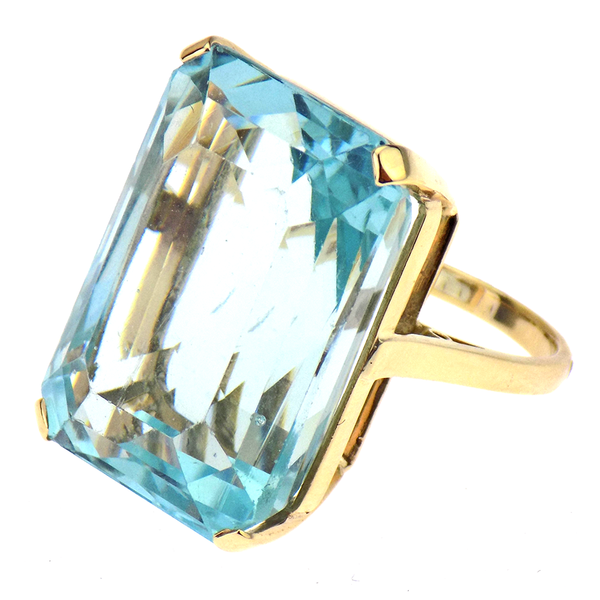 Pre-loved 9ct Yellow Gold Large Blue Stone Dress Ring