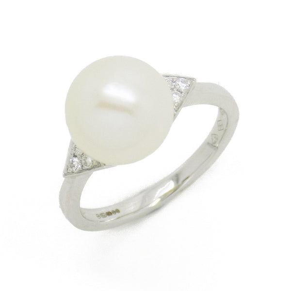 18ct White Gold Cultured Pearl & Diamond Ring