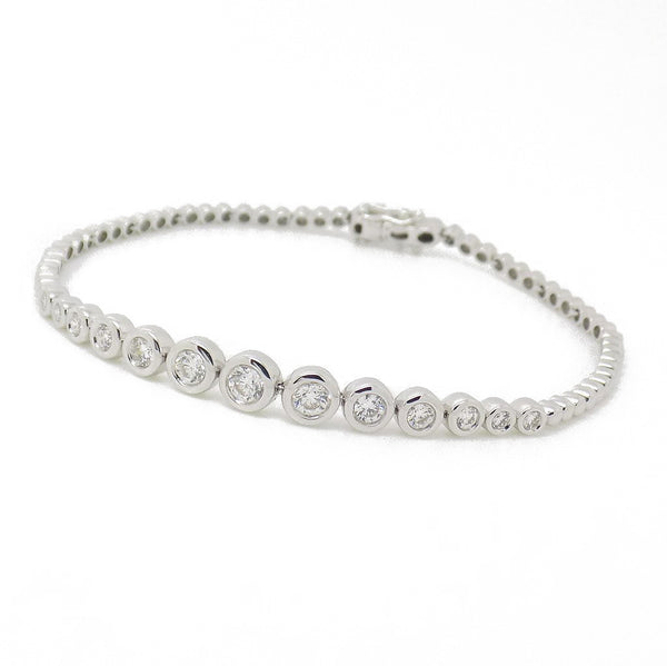 18ct White Gold Graduated Diamond Set Bracelet