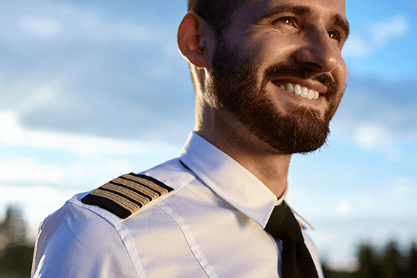 BEARDS NOW PERMITTED FOR AIR CANADA PILOTS