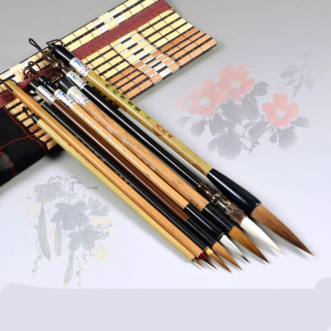 Set of 8 Varied Chinese Traditional Brushes