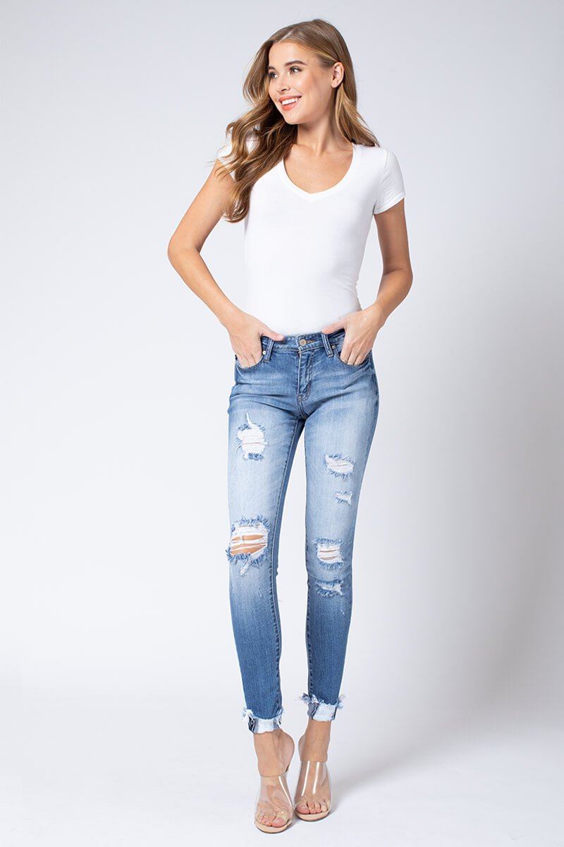 Kan Can Distressed Skinny Jeans | Boutique Bleu