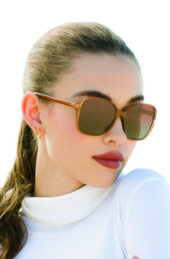 Women's oversized framed sunglasses-Boutique Bleu Spokane