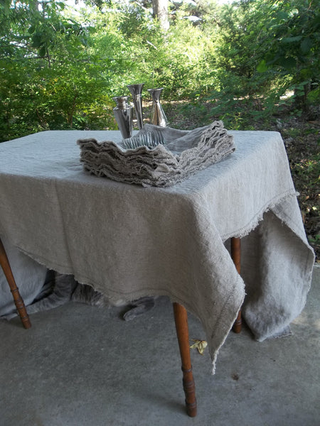 Custom Linen Tablecloth - Well Wrinkled Linen Tablecloth - Frayed Edge Tablecloth - Matching Linen Napkins - Washed Linen Tablecloth