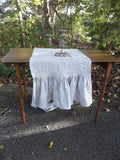 Custom Linen Table Runner - Ruffled Linen Runner - Custom Rable Runner - Wedding Décorations -Table Decor - French Country