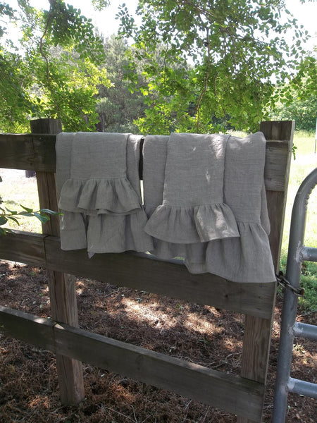 Ruffled Linen Bath Towels Sets -  Custom Ruffled Linen Towels -  Linen Bath Towels -  Linen Tea Towels