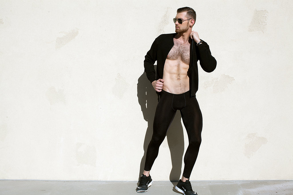 45b7610b013c4 But why do we have to be exercising to enjoy leggings? The fact is, we  don't. Men can wear leggings any time they want. It's all about confidence.