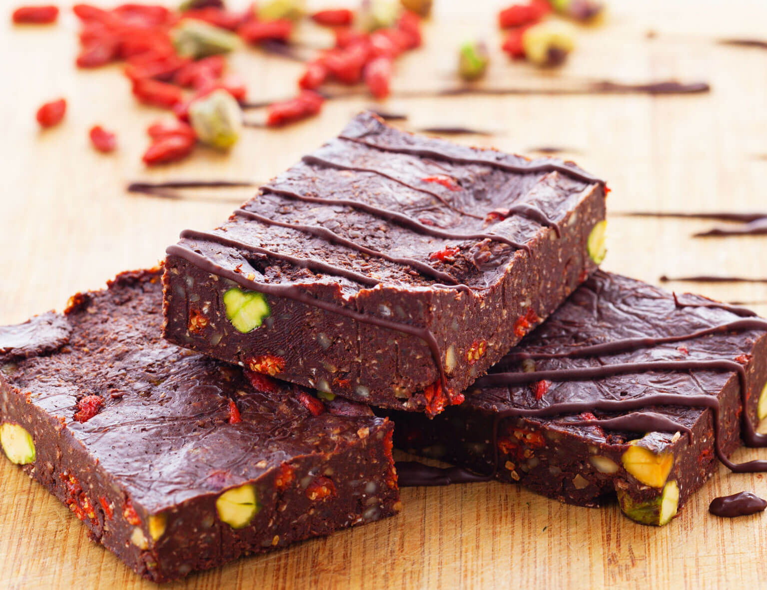 Raw pistachio goji rocky road brownies vivo life raw pistachio goji rocky road brownies malvernweather Images