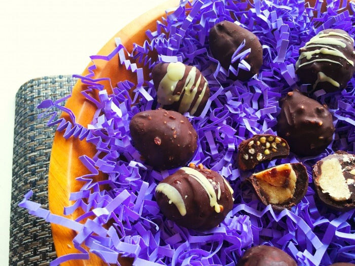 paleo-and-vegan-double-decker-raw-chocolate-easter-eggs-5