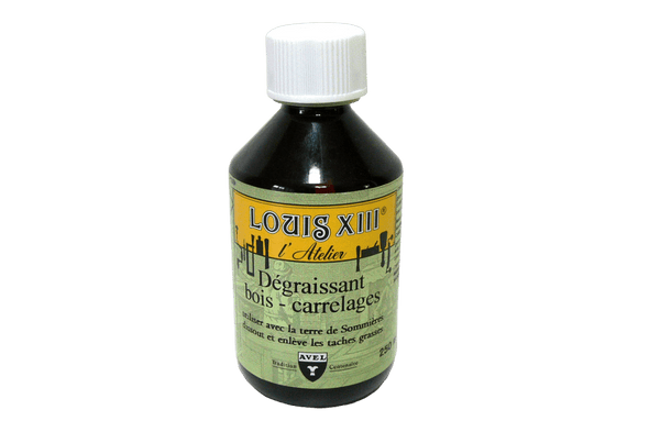 Wood Furniture Cleaner and Degreaser by Louis  Xlll France - valentinogaremi-usa