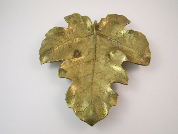 Vintage Virigina Metal Crafters Brass Fig Leaf 1948