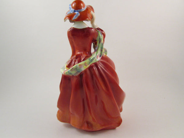 Vintage Royal Doulton Bone China Figurine Top O' The Hill HN1834