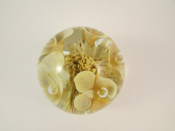 Vintage Maude and Bob St Clair Paperweight Ivory Ice Pick Trumpet Flowers with Controlled Bubbles 1978