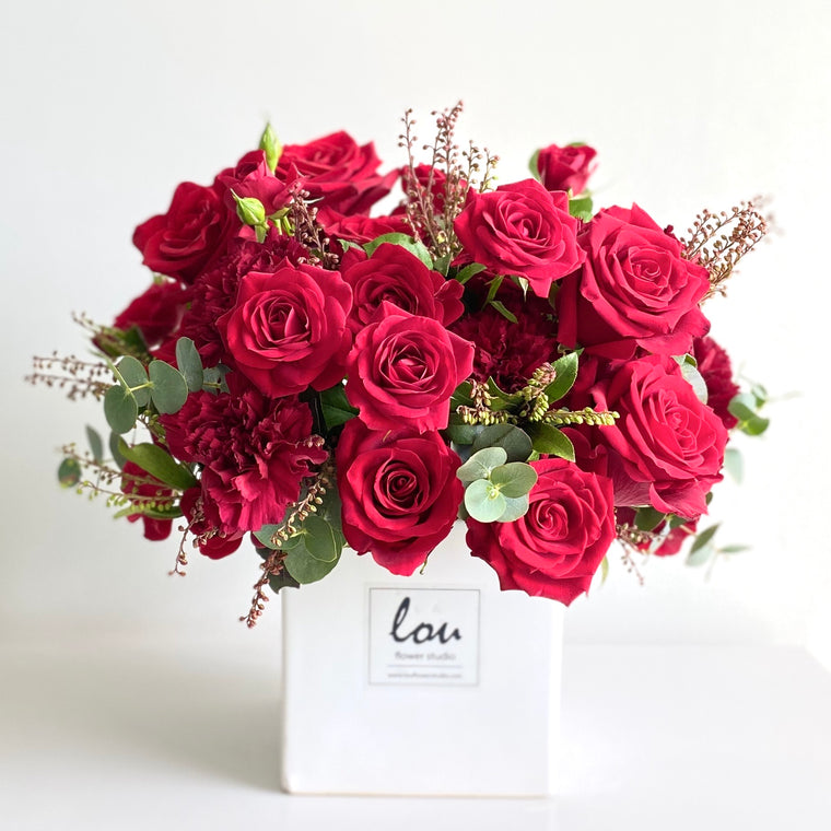 V-Day Special - Roses in a Box - Lou Flower Studio