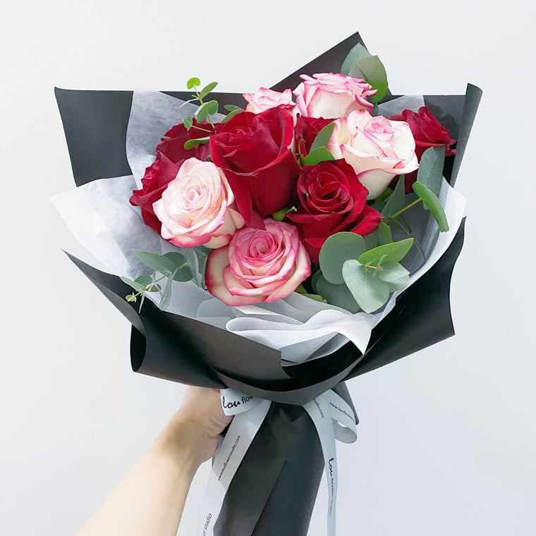 V-Day Special - Just Roses - Lou Flower Studio