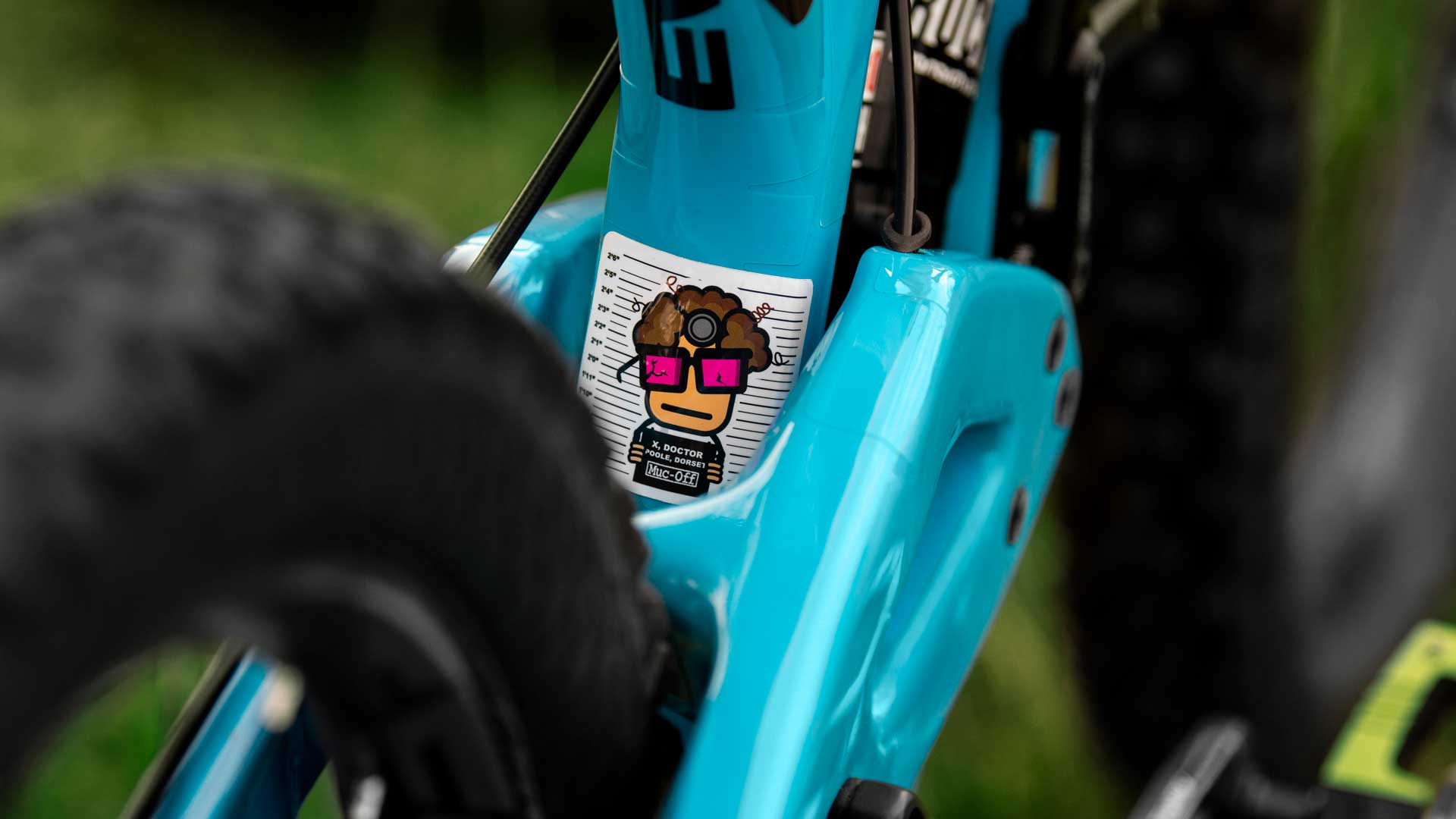 Muc-off doctor sticker on bike frame