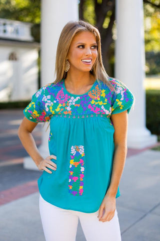 embroidered tops. vacation outfits. Mexican tops by j marie collection
