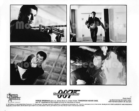 007 Tomorrow Never Dies Press Kit Photo Pierce Brosnan as James Bond