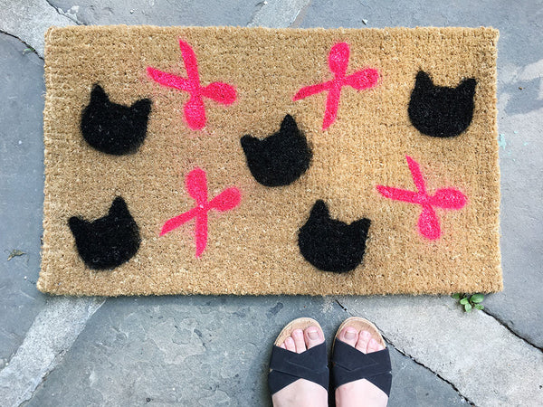 DIY: Crafty Catlady Welcome Mat