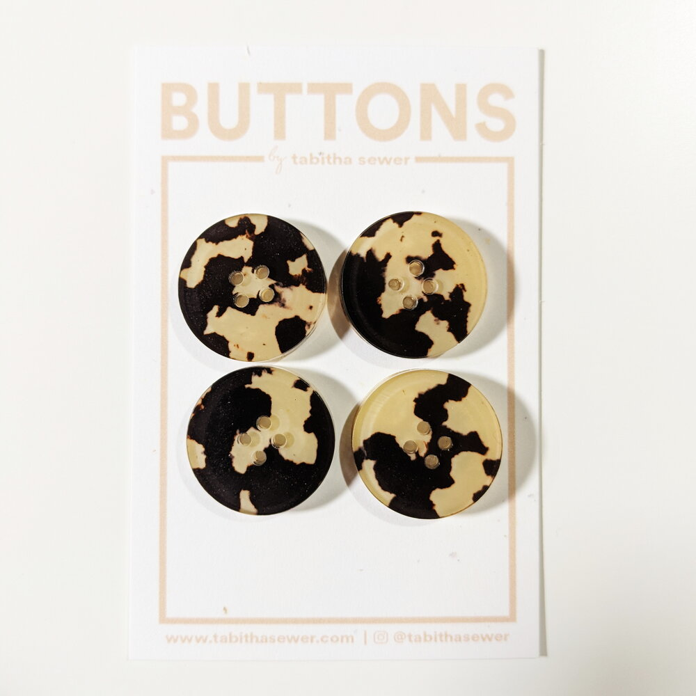 Large Tortoise Classic Circle Buttons - Cafe
