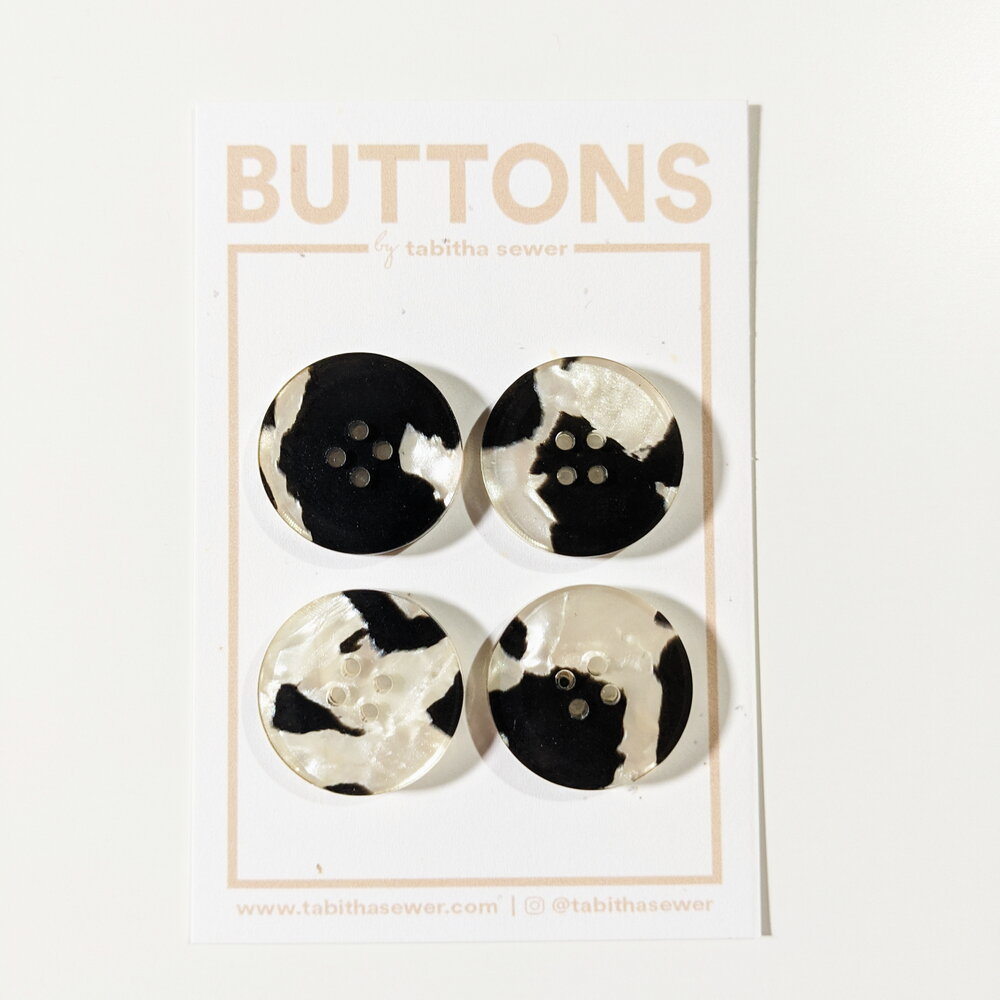 Large Jasper Classic Circle Buttons - Black and White Pearl