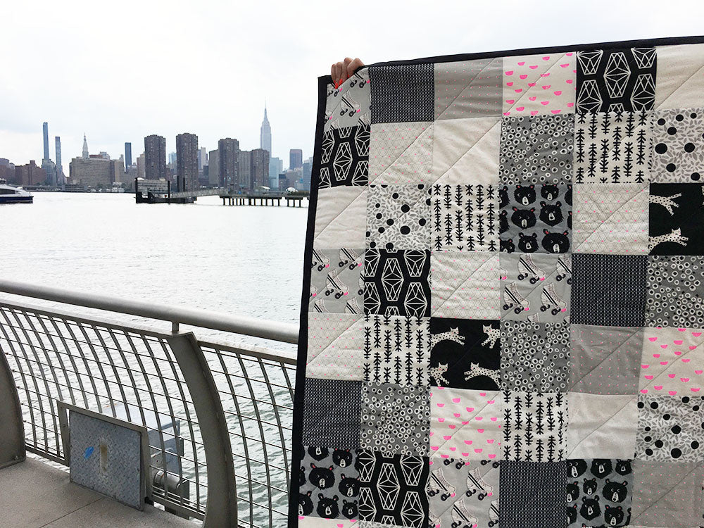 FREE! Super Easy Black & White Quilt Pattern