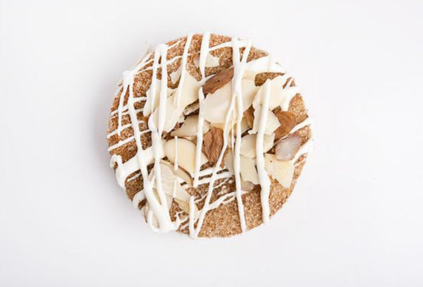 Almond Garnished Snickerdoodle Cookiecake