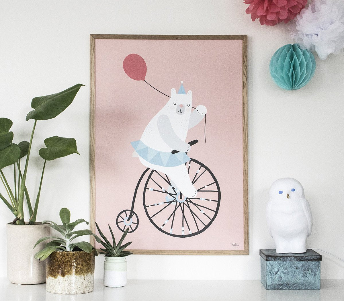 Michelle Carlslund : Pink Cycling Bear poster - Wall decoration