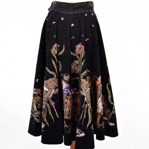 Hand Painted Velvet and Sequin Mexican Skirt with Burn out Bull, Matadors, and Flowers || Fiesta Skirt